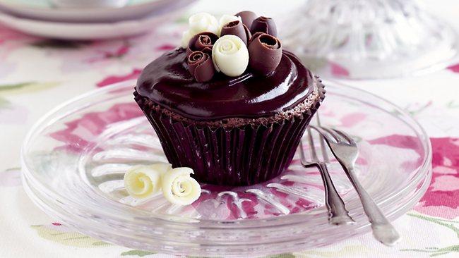 248487-chocolate-cupcakes
