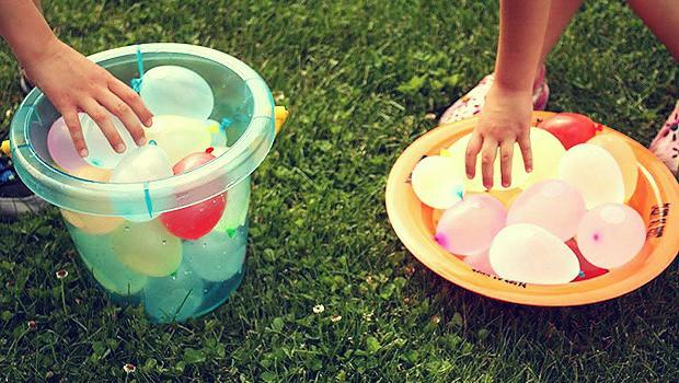 ūdens balonu spēles