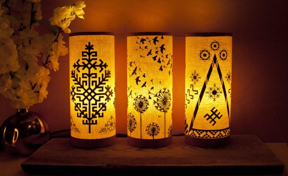 razots_latvija_galda-lampas